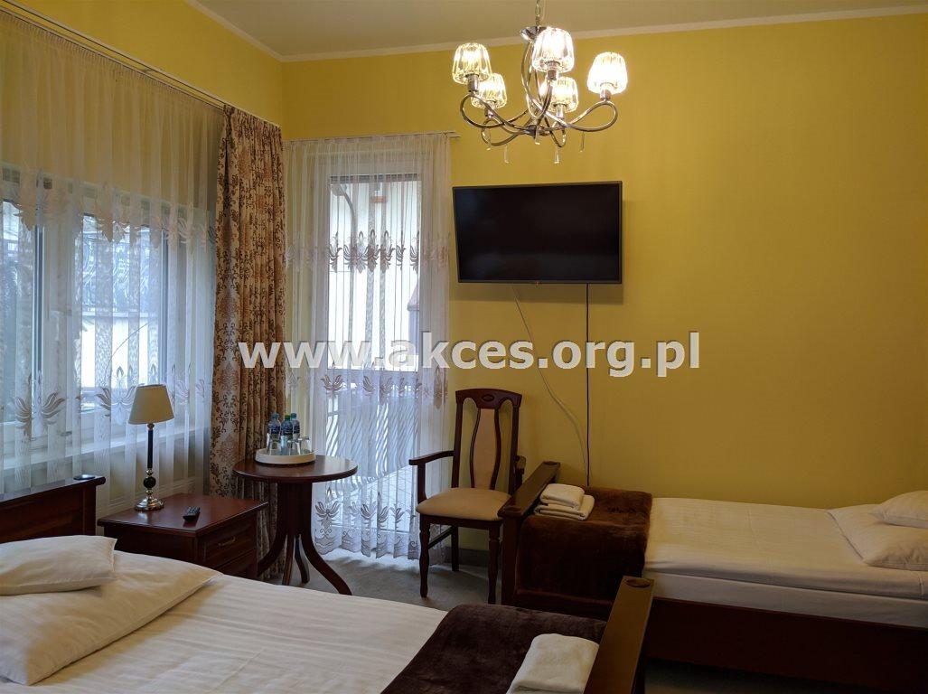 Lokal użytkowy na sprzedaż Warszawa, Praga-Południe, Grochów  700m2 Foto 1
