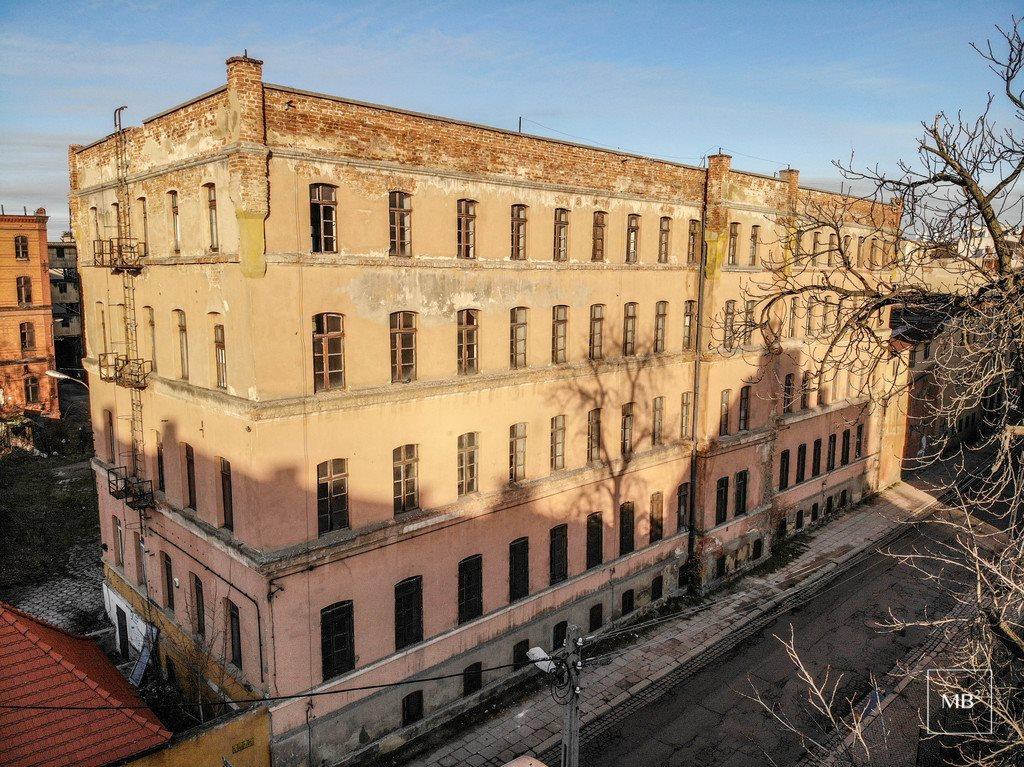 Dom na sprzedaż Legnica, Senatorska  2968m2 Foto 2