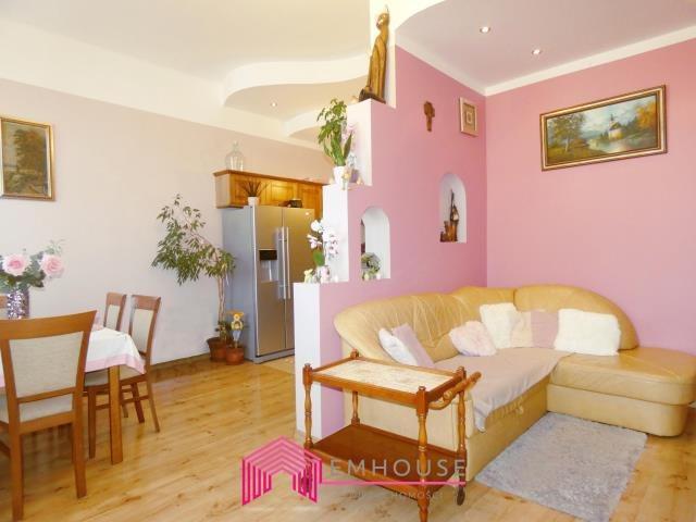 Mieszkanie trzypokojowe na sprzedaż Białogard  96m2 Foto 1