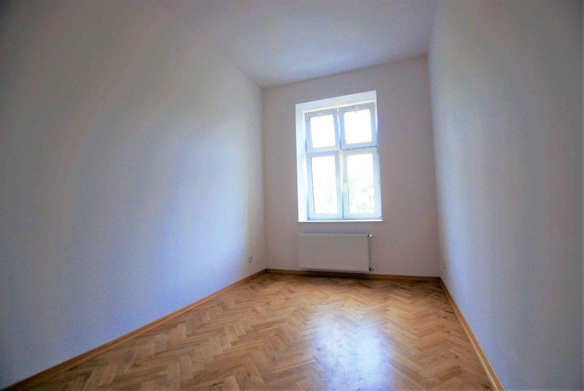 Mieszkanie dwupokojowe na wynajem Kielce, Centrum  54m2 Foto 5