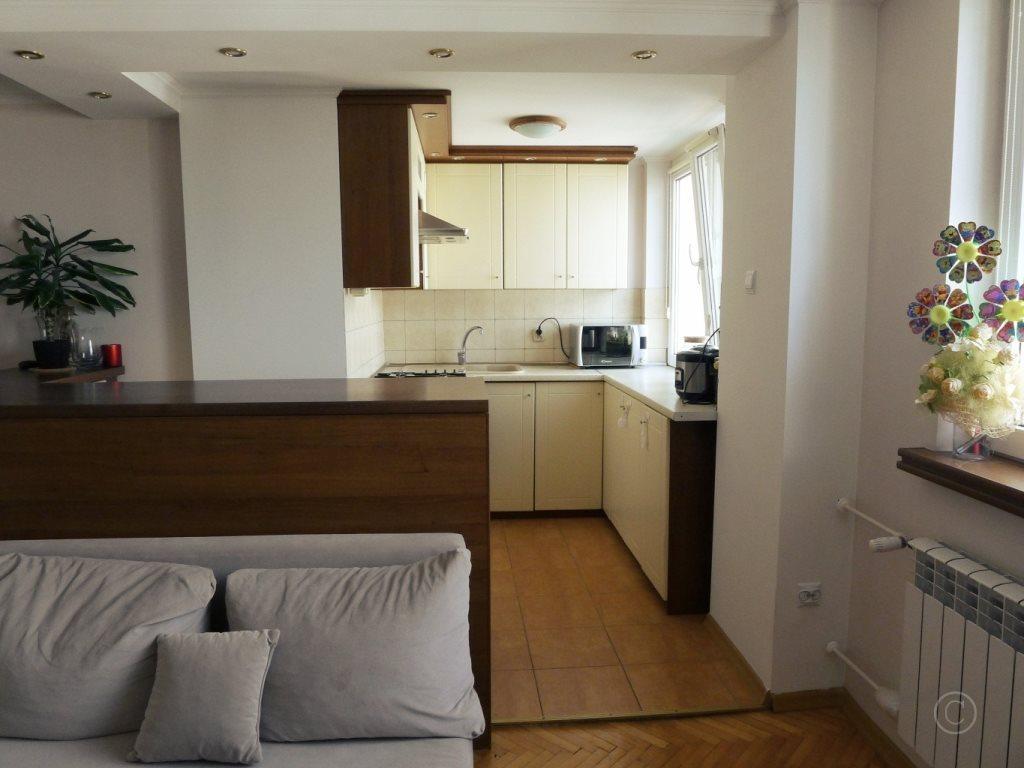Mieszkanie trzypokojowe na sprzedaż Ozorków  53m2 Foto 2