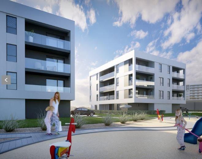 Mieszkanie czteropokojowe  na sprzedaż Rumia, Kosynierów  77m2 Foto 1