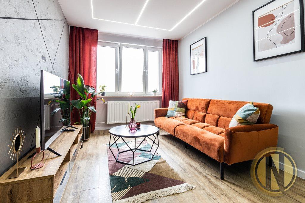 Mieszkanie dwupokojowe na sprzedaż Kraków, Bieńczyce, Bieńczyce, os Kazimierzowskie  38m2 Foto 1