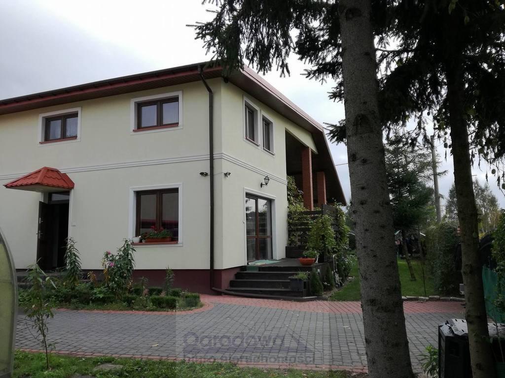 Dom na sprzedaż Tłuszcz  240m2 Foto 1