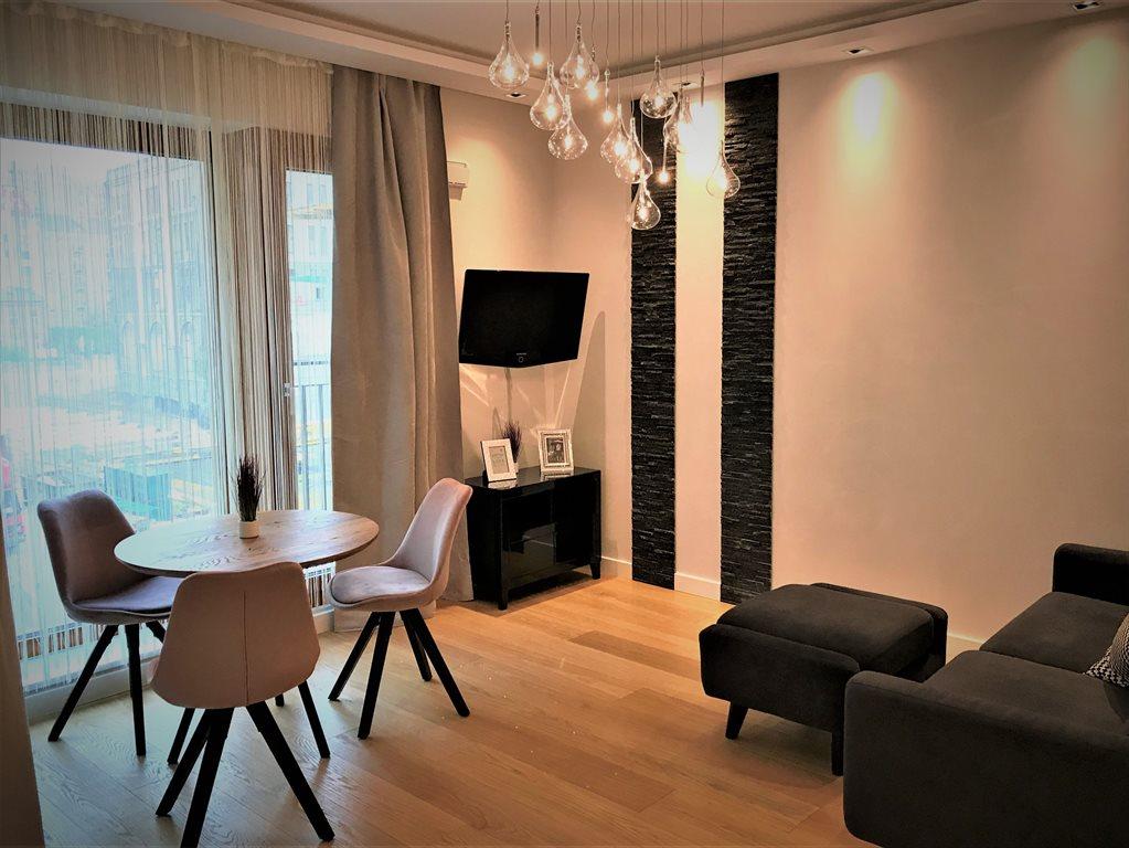 Mieszkanie trzypokojowe na wynajem Warszawa, Wola, Krochmalna 58  46m2 Foto 1
