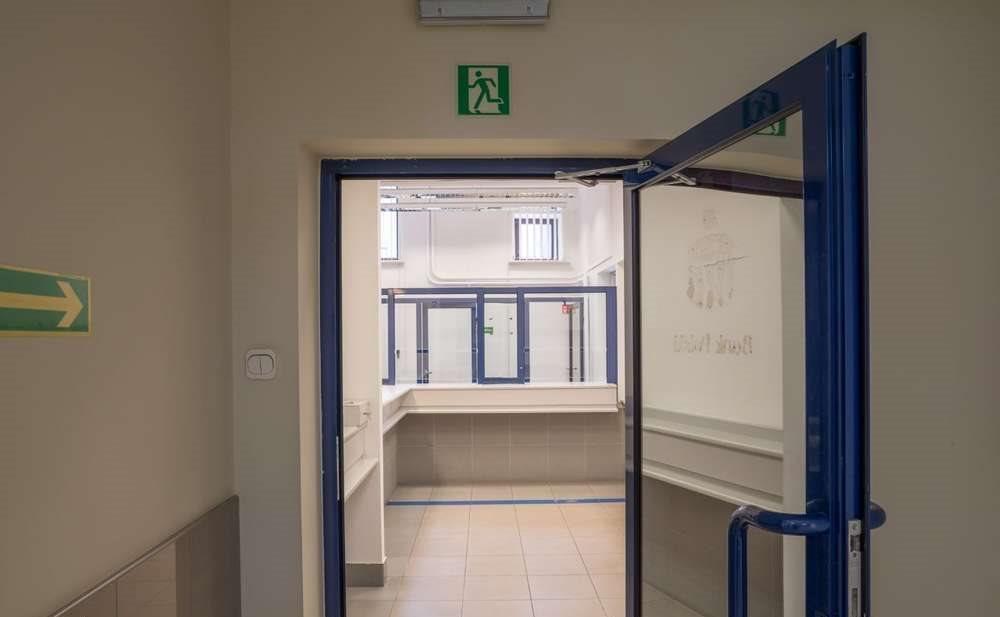 Lokal użytkowy na wynajem Kraków, Nowa Huta, Ulica, Ujastek 1  56m2 Foto 4