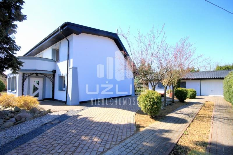 Dom na sprzedaż Kościerzyna, Kościerska  260m2 Foto 1