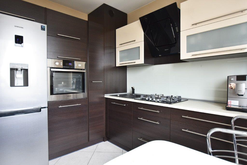 Mieszkanie czteropokojowe  na sprzedaż Katowice, Bogucice  73m2 Foto 1