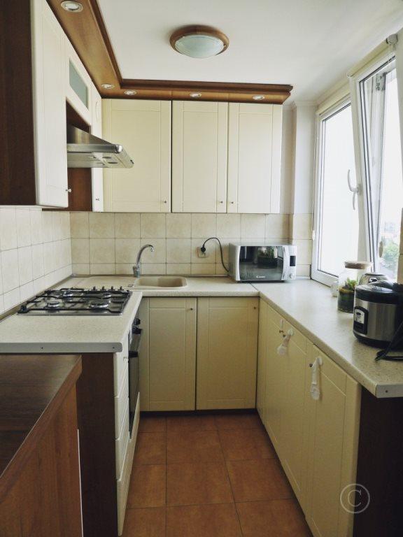 Mieszkanie trzypokojowe na sprzedaż Ozorków  53m2 Foto 3