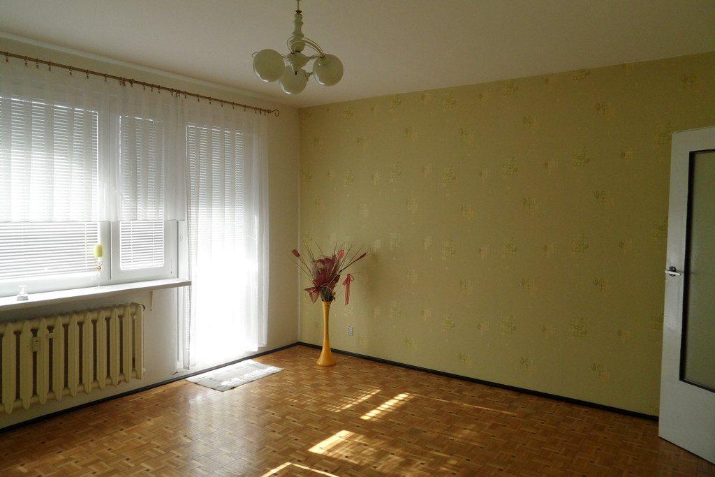 Mieszkanie trzypokojowe na sprzedaż Śrem, Ignacego Paderewskiego  63m2 Foto 2