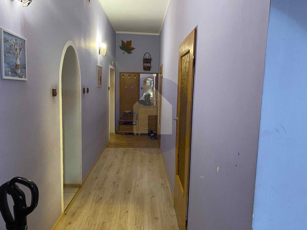 Mieszkanie trzypokojowe na sprzedaż Nowa Ruda  66m2 Foto 2