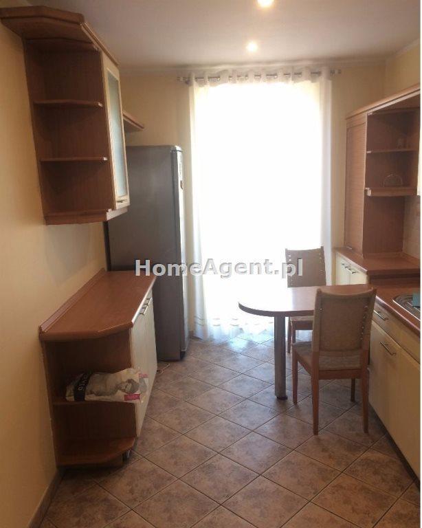 Mieszkanie trzypokojowe na wynajem Gliwcie, Centrum  100m2 Foto 2