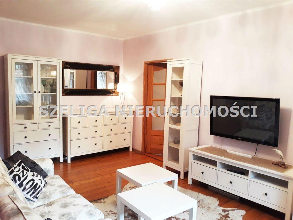 Mieszkanie dwupokojowe na wynajem Gliwice, Centrum, OKOLICE WYSPIAŃSKIEGO, C.O. MIEJSKIE W CZYNSZU  60m2 Foto 5