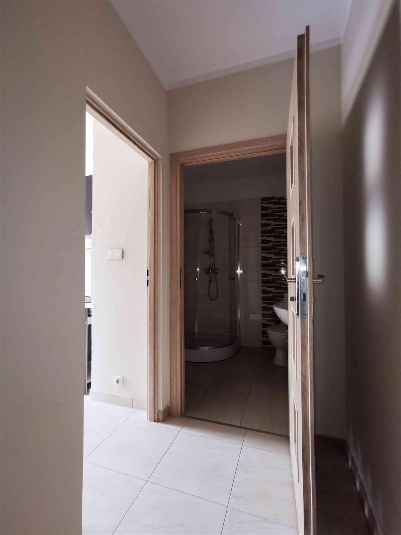 Mieszkanie dwupokojowe na wynajem Częstochowa, Śródmieście, Aleja Najświętszej Maryi Panny  45m2 Foto 12