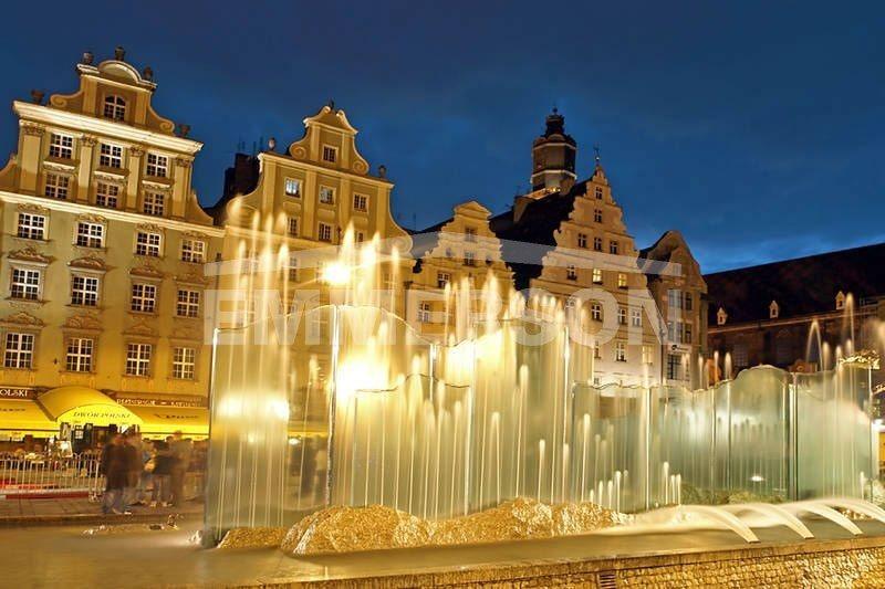 Lokal użytkowy na wynajem Wrocław, Stare Miasto  350m2 Foto 1