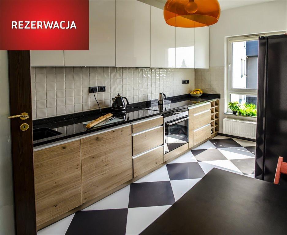 Mieszkanie trzypokojowe na sprzedaż Wrocław, Krzyki, Jarosława Iwaszkiewicza  69m2 Foto 1