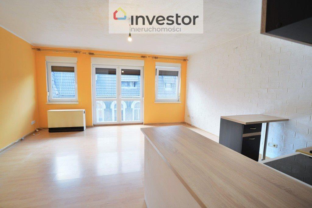 Mieszkanie dwupokojowe na sprzedaż Kluczbork, ks. Ściegiennego  57m2 Foto 1