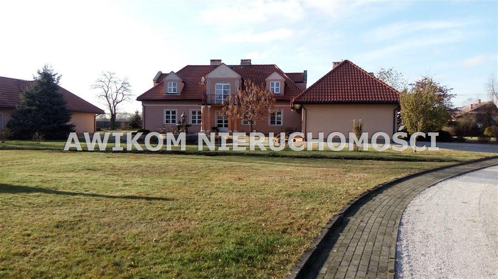 Lokal użytkowy na sprzedaż Michałów  600m2 Foto 2