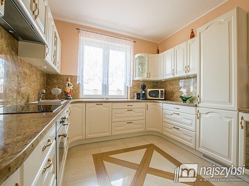 Dom na sprzedaż Pyrzyce, Obrzeża  220m2 Foto 2