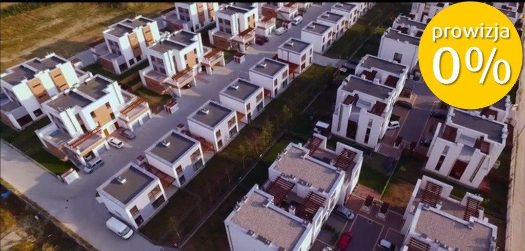 Mieszkanie trzypokojowe na sprzedaż Zamienie  64m2 Foto 1