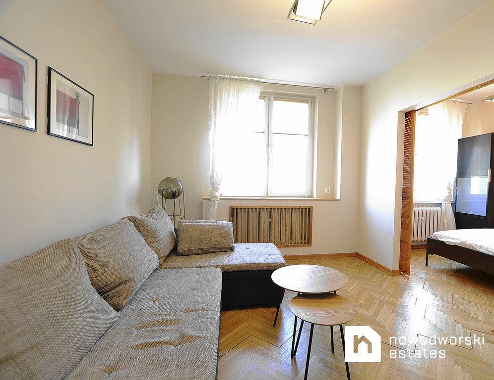 Mieszkanie dwupokojowe na wynajem Gliwice, Trynek  39m2 Foto 1