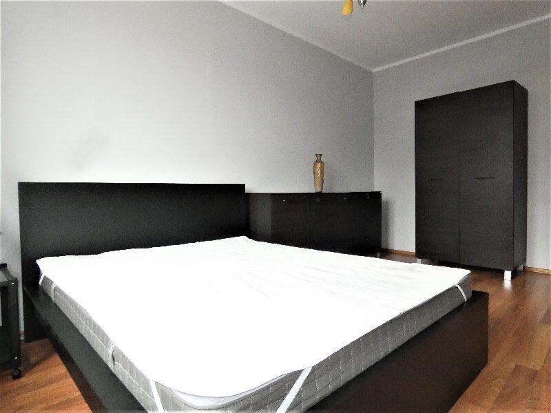 Mieszkanie dwupokojowe na wynajem Częstochowa, Centrum, AL.NMP  37m2 Foto 1