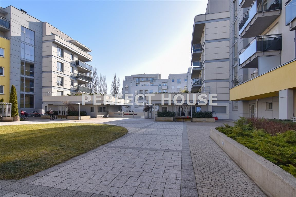 Mieszkanie dwupokojowe na sprzedaż Poznań, Grunwald, Brzask  60m2 Foto 2
