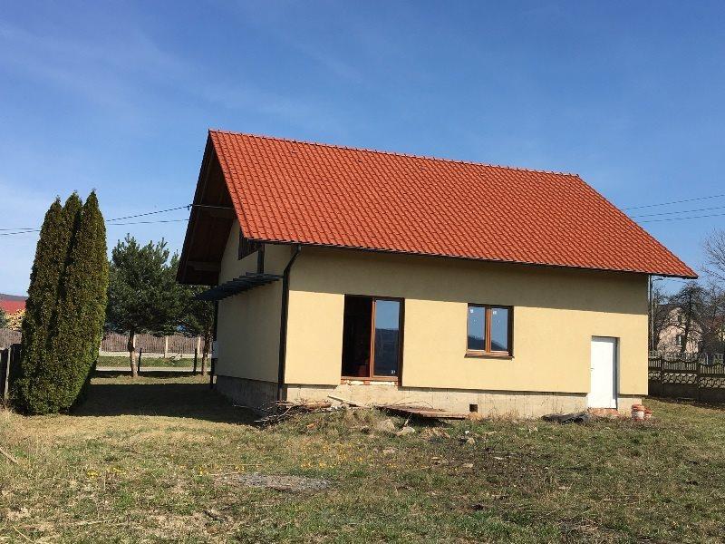Dom na sprzedaż Huta Nowa  200m2 Foto 1