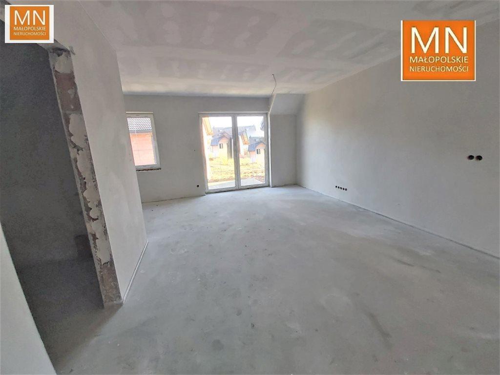 Mieszkanie trzypokojowe na sprzedaż Niepołomice  52m2 Foto 1