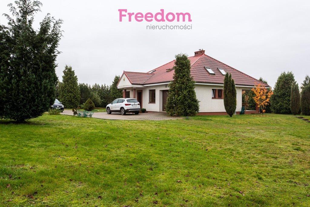 Dom na sprzedaż Kniewo  120m2 Foto 1