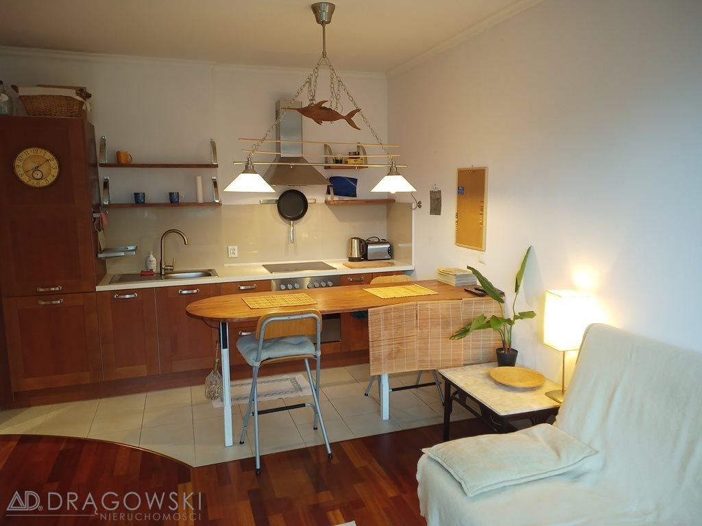 Mieszkanie dwupokojowe na sprzedaż Warszawa, Włochy, Okęcie, Żwirki i Wigury  38m2 Foto 1