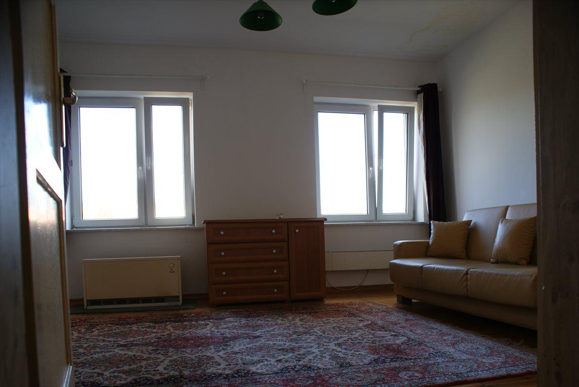 Mieszkanie trzypokojowe na sprzedaż Pabianice  70m2 Foto 1