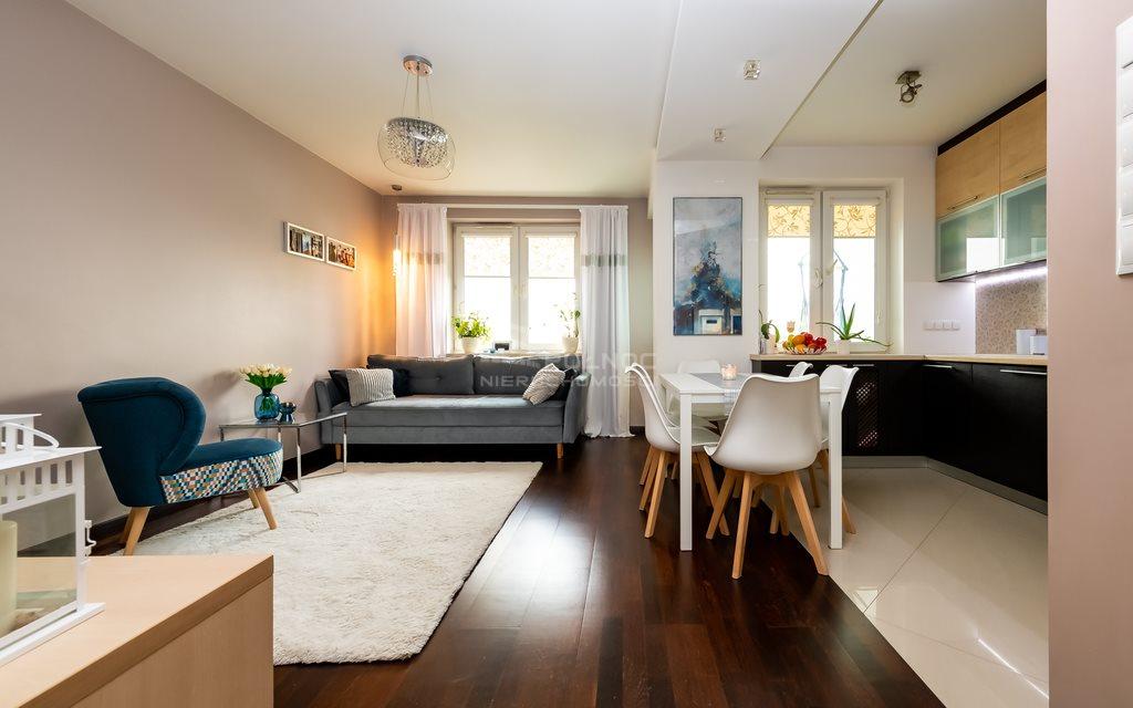 Mieszkanie trzypokojowe na sprzedaż Białystok, Os. Sienkiewicza  57m2 Foto 1