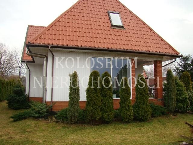 Dom na sprzedaż Jantar  140m2 Foto 1
