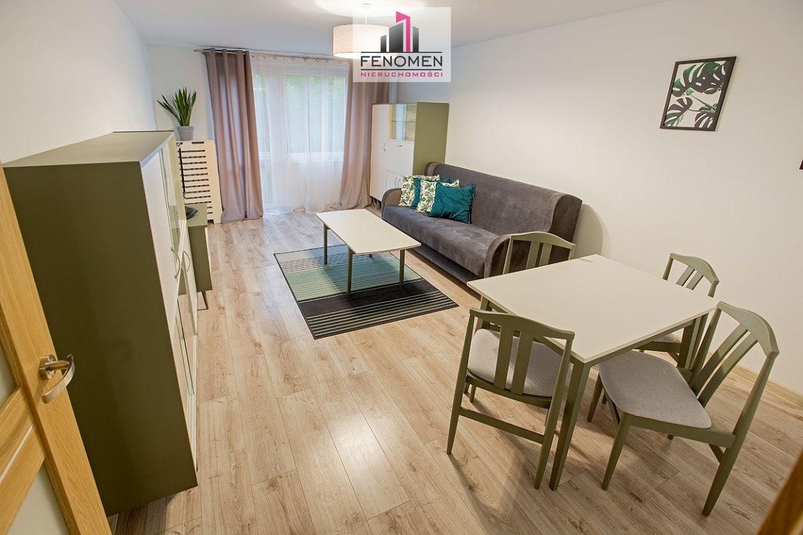 Mieszkanie dwupokojowe na wynajem Opole, Zaodrze  48m2 Foto 2