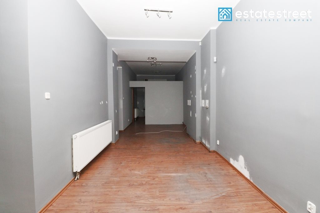 Lokal użytkowy na wynajem Katowice, Śródmieście  57m2 Foto 2