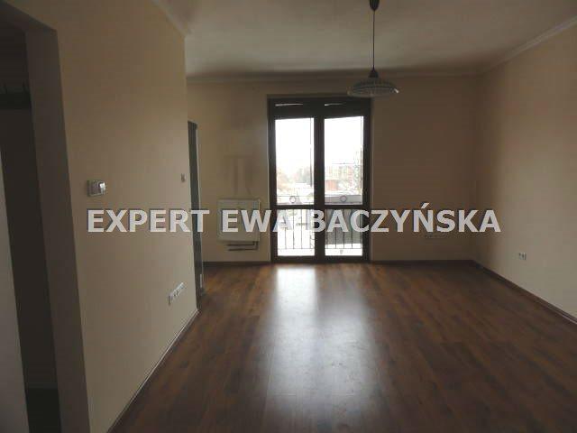 Mieszkanie dwupokojowe na wynajem Częstochowa, Centrum  49m2 Foto 3