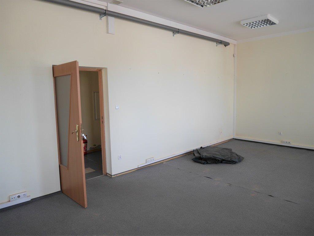 Lokal użytkowy na wynajem Kielce  48m2 Foto 1