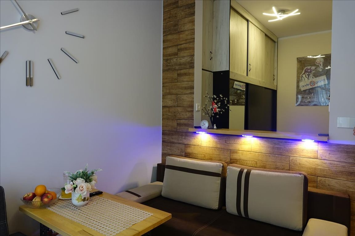 Mieszkanie dwupokojowe na sprzedaż Białogard, Białogard, Zwycięstwa  35m2 Foto 1