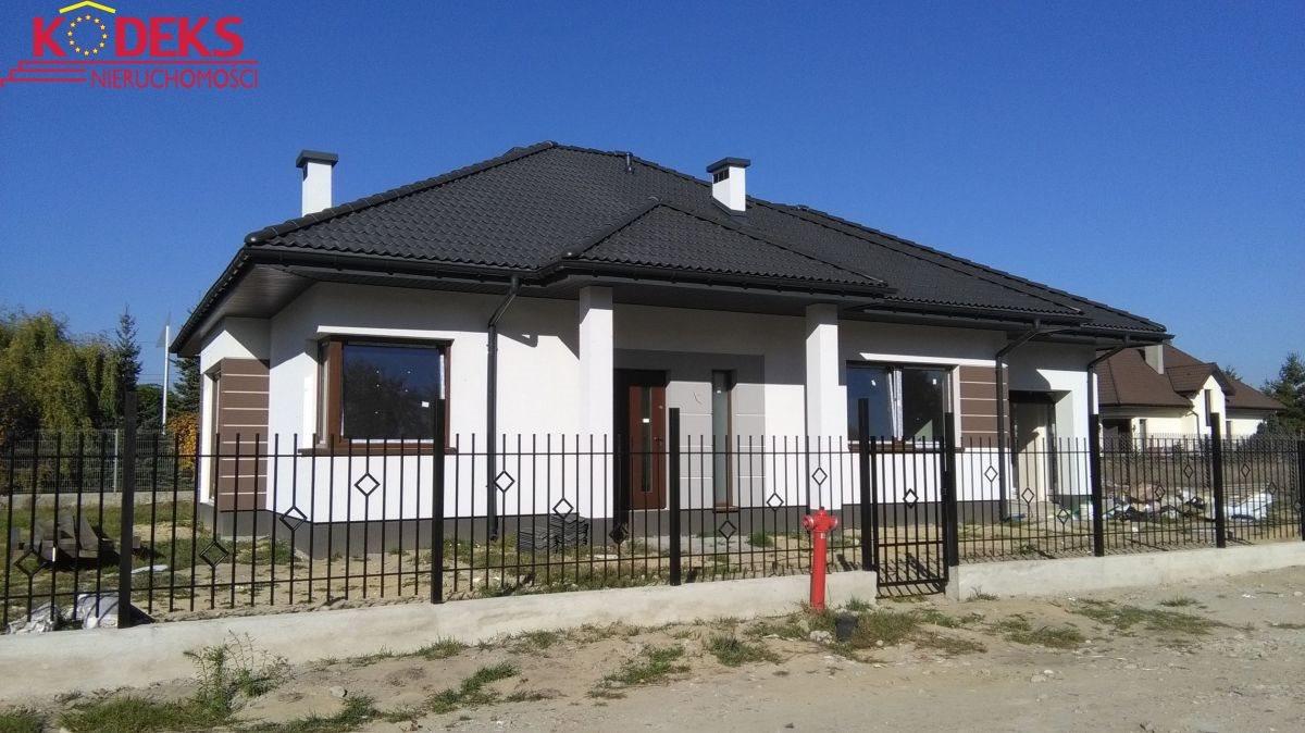 Dom na sprzedaż Borowa Góra  128m2 Foto 1