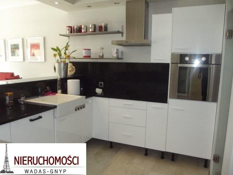 Dom na wynajem Gliwice, Śródmieście  241m2 Foto 1