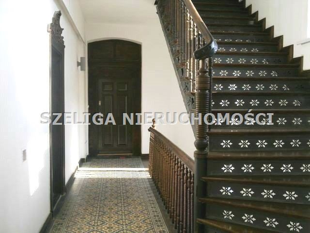Mieszkanie dwupokojowe na sprzedaż Gliwice, Śródmieście, ul. Zwycięstwa, mieszkanie do remontu, pow. 81,94 m2, niski czynsz  82m2 Foto 3