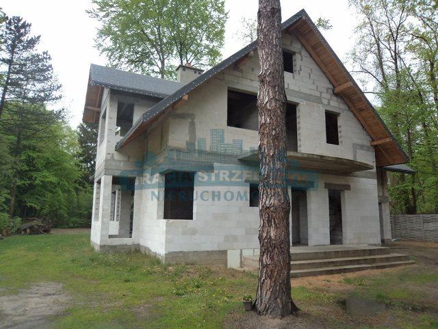 Dom na sprzedaż Zalesie Górne, Wiekowej Sosny  330m2 Foto 1