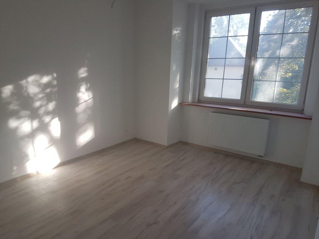 Mieszkanie trzypokojowe na sprzedaż Brzeg, Grabarska  53m2 Foto 4