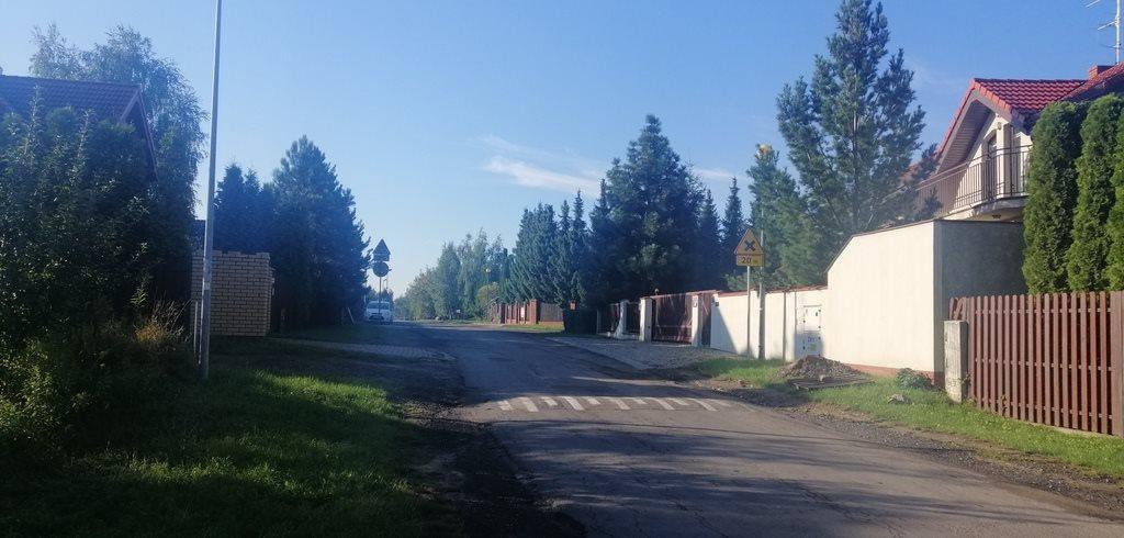 Działka budowlana na sprzedaż Stare Babice, Osiedlowa  800m2 Foto 1