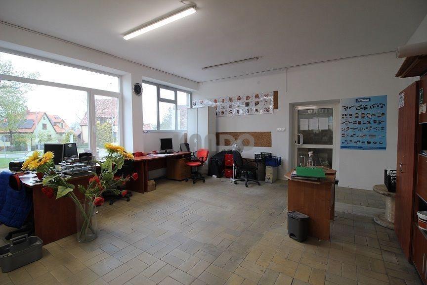 Lokal użytkowy na wynajem Wrocław, Fabryczna, Stabłowice, Budynek usługowy z parkingiem  ul. Kosmonautów  208m2 Foto 1