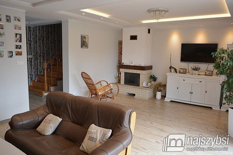 Dom na sprzedaż Kościerzyna, obrzeża  199m2 Foto 1