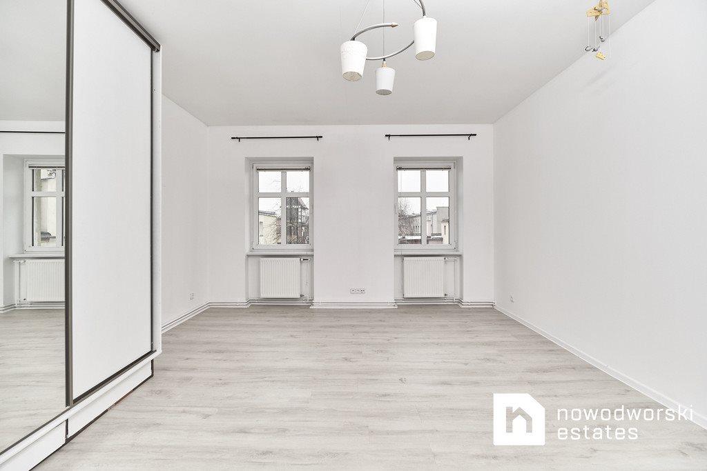 Mieszkanie trzypokojowe na sprzedaż Oleśnica, rynek Rynek  82m2 Foto 6