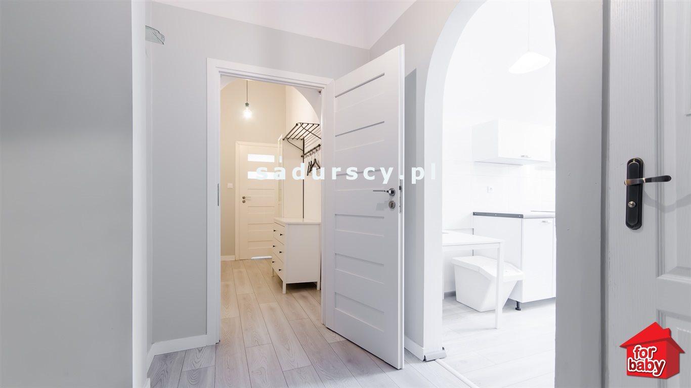 Mieszkanie trzypokojowe na sprzedaż Kraków, Stare Miasto, Stare Miasto, pl. Sikorskiego  75m2 Foto 3