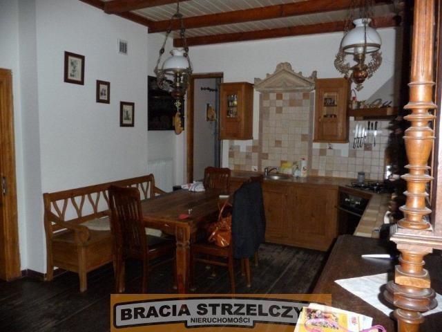 Dom na wynajem Złotokłos  250m2 Foto 1
